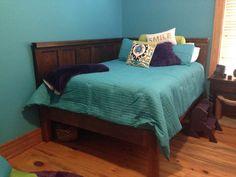 Corner Queen Size Bed - Using 2 Old 5 Panel Doors - Vintage Headboards