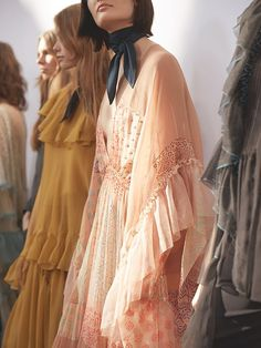 Chloe FW16. Pigmented floral motifs and billowing sleeves add a touch of romance