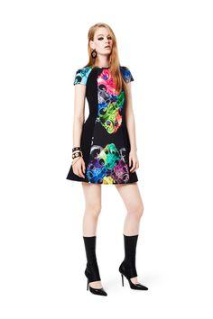 Versus Versace Fall 2014 Ready-to-Wear Collection - Vogue Couture Fashion, Fashion Show, Milan Fashion, Runway Fashion, Style Fashion, Baroque Dress, 2014 Fashion Trends, Trends 2018, Versus Versace