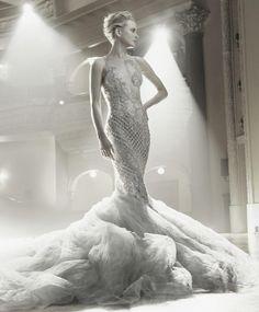 Nicole Kidman, statuesque, by Annie Leibovitz