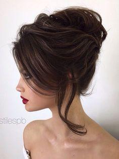 28 Ideas for wedding hairstyles elegant updo pearl flower Wedding Hairstyles For Long Hair, Wedding Hair And Makeup, Bride Hairstyles, Pretty Hairstyles, Hair Wedding, Wedding Nails, Hairstyle Ideas, Elegant Hairstyles, Hairstyles 2018