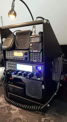 Radios, Portable Ham Radio, Ham Radio Equipment, Emergency Radio, Go Kit, Electronics Basics, Vietnam War Photos, Emergency Preparation, Survival Tips