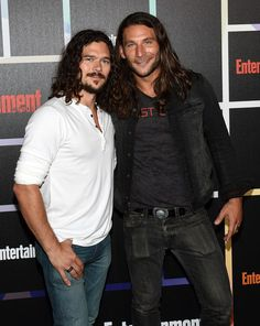 Actors Luke Arnold and Zach McGowan attend Entertainment Weekly's annual Comic-Con celebration at Float at Hard Rock Hotel San Diego on July 2014 in San Diego, California. Black Sails Cast, Black Sails Starz, Tv Actors, Actors & Actresses, Zack Mcgowan, Luke Arnold, Arnold Photos, Charles Vane, Good Looking Actors
