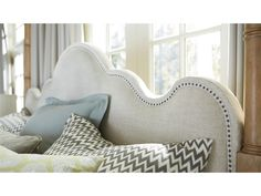 Moderne Muse   Maison Poster Bed www.chapinfurniture.com