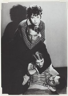 Man Ray :: Marie-Berthe Aurenche, Max Ernst, Lee Miller and Man Ray, / more [+] by this photographer Lee Miller, Max Ernst, Harlem Renaissance, Man Ray Photographie, Man Ray Photos, Hannah Höch, Yves Klein, Hans Richter, Photo Portrait