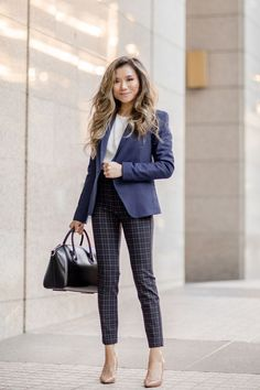 Fashionable Work Outfit Ideas For Women To Looks More Elegant - Fashions Nowadays Spring Outfits Women, Fall Outfits For Work, Casual Fall Outfits, Classy Outfits, Modest Work Outfits, Winter Outfits, Plaid Outfits, Formal Outfits, Office Outfits