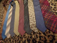 LOT OF TEN 10 Mens SILK Ties Tommy Hilfiger Claiborne Gianfranco Ferre Italy  #MixedLot #NeckTie