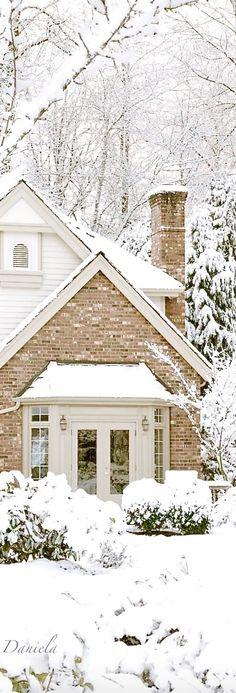 Love And Light, White Light, Romantic Table Setting, Hygge Home, Ski Fashion, Snow Skiing, Winter Beauty, Lets Celebrate, Winter Theme