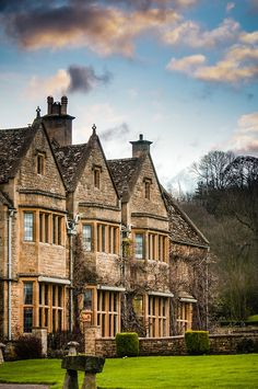 Relais & Chateaux - This is one of the finest manor houses in the Cotswolds, set next to a 13th century church, amidst beautiful gardens which create an oasis of tranquility. Buckland Manor, Cotswolds UK #relaischateaux #properties