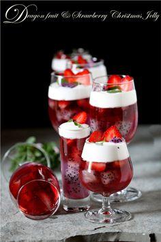Dragon Fruit and Strawberry Christmas Jelly. Strawberry Jelly Recipes, Fruit Recipes, Sweet Recipes, Dessert Recipes, Pitaya, Fancy Drinks, Christmas Desserts, Delicious Desserts, Favorite Recipes