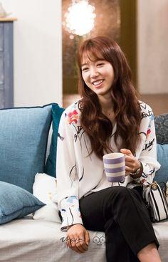 Park Shin Hye, Gwangju, Korean Fashion Kpop, Korean Outfits, Korean Actresses, Korean Actors, Korean Celebrities, Celebs, Doctors Korean Drama