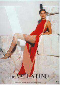 Christy Turlington for Valentino Christy Turlington, Carolina Herrera, Elsa Peretti, Karl Lagerfeld, Vintage Outfits, Vintage Fashion, Vintage Clothing, Women's Clothing, Original Supermodels