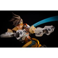 OVERWATCH TRACER STATUE (PRE-ORDER)