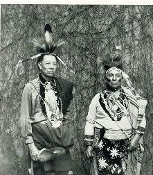 Kwackipahki Kamen (aka George T. Anderson) and Witapanóxwe (aka Walks With Daylight, aka James Charles Webber, aka Charlie Webber) - Delaware - 1932 Native American Cherokee, Native American Photos, Native American Tribes, Native American Fashion, Native American History, Cherokee Indians, American Clothing, American Art, Delaware Indians