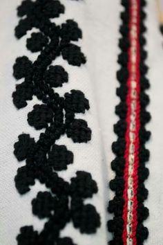 Folk Embroidery, Friendship Bracelets, Traditional, Jewelry, Blouse, Embroidery, Jewlery, Bijoux, Schmuck