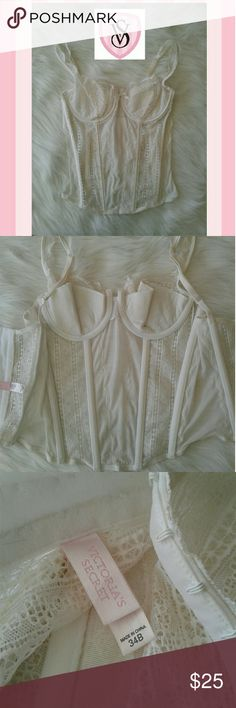 Victoria's Secret Corset Women's like new white lace Victoria's Secret Corset size 34B. Minimally padded underwire cups. 3 rows of hook and eye closure on back. Adjustable shoulder straps. Absolutely beautiful!! Thanks for looking Bundle to save!! Victoria's Secret Intimates & Sleepwear Bras
