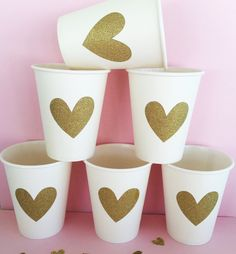Gold sparkly vinyl stickers that adhere to cups, favors, decorations, party… 25th Birthday Parties, One Year Birthday, Golden Birthday, Gold Wedding Theme, Pink And Gold Wedding, Glitter Heat Transfer Vinyl, Glitter Vinyl, Muffins For Mom, Office Themed Party