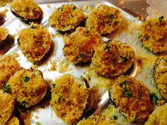 Stuffed clams - what Italian Christmas Eve foods look like. Yum!