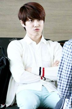 Is he pouting ?? #EXO #Suho