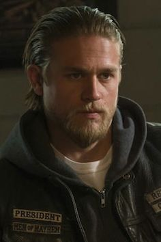Sons of Anarchy Jax is just my type :)