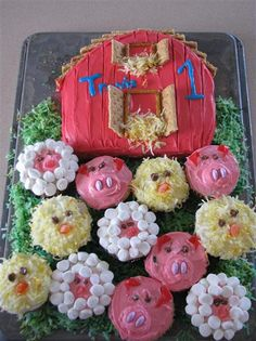 barn cake with animal cupcakes