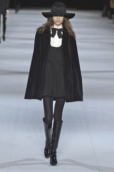 The 16 Most Memorable Hedi Slimane for Saint Laurent Moments Witch Fashion, Dark Fashion, Gothic Fashion, Fashion Week, Runway Fashion, Womens Fashion, Fashion Fashion, Fashion Outfits, Look Cool