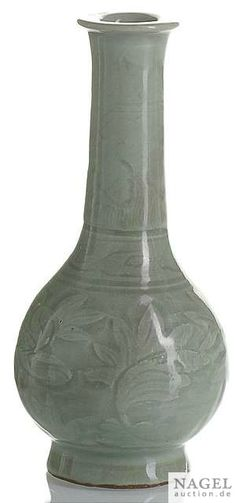 Chinese Old Chai Kiln Green Glaze Carved Double-Gourd Pattern Porcelain Vase