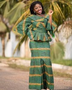 Classy picture collection of Beautiful Ankara Skirt And Blouse Styles These are the most beautiful ankara skirt and blouse trending at the moment. If you must rock anything ankara skirt and blouse styles and design. African Wear Dresses, African Fashion Ankara, Latest African Fashion Dresses, African Print Fashion, African Attire, African Prints, African Fabric, Ghana Fashion, Africa Fashion