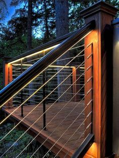 50 Awesome Deck Railing Ideas for Your Home - Page 9 of 54 Outdoor Stair Railing, Deck Railing Design, Deck Railings, Patio Design, Cable Railing, Deck Railing Ideas Diy, Horizontal Deck Railing, Hand Railing, Porch Ideas