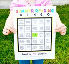 Download this Free Printable Summer Reading Bingo to get your kids reading this summer!!