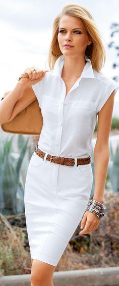 Madeleine Nice, crisp spring look. Need a white dress White Fashion, Work Fashion, Fashion Models, Fashion Design, Fashion Trends, Classic Fashion, Ladies Fashion, Fashion Clothes, Womens Fashion