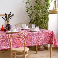 Paisley Laminated Tablecloth - Tablecloths and Napkins - Tableware Decor, Room Furnishing, Furnishings, Pink Kitchen, Living Decor, Table Settings, Home Decor, Table Cloth, Table Covers