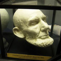 Abe Lincoln Death Mask. I've never heard of death mask. Weird!