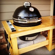 Why I Chose the Kamado Joe Over the Big Green Egg. #kitchengadgets #gadgets #grill