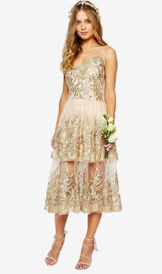7 Trending Bridesmaids Dress Styles to Choose From  - Bridesmaids Dresses  - Tiered Skirts - #wedding #weddingbeauty #christianSiriano #weddingfashion #asiawedding #asiaweddingnetwork