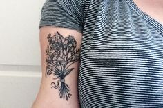22 Adorable Floral Tattoos You're Going to Be Obsessed With