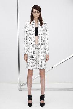 Zoë Jordan  New York 2015 S/S  #Design #contemporary #Couture #Fashion #black , #white , #minimal, #simple , #aesthetic , #composition #mode #simple, #Fashiondesign