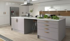 Wren Living - Contour Kitchen in Linen and Baltic Eggshell. Perfect kitchen units - love the dark island and the white units Grey Kitchen Cabinets, Kitchen Units, Kitchen Dining, Kitchen Ideas, Kitchen Designs, Handleless Kitchen, Kitchen Planning, Copper Kitchen, Modern Cabinets