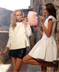 I also want to eat cotton candy with my best friend in cute outfits surrounded by ruins. I also want to eat cotton candy with my best friend in cute outfits surrounded by ruins. Candy Photography, Fashion Photography, Fashion Tag, Love Fashion, Photoshoot Inspiration, Style Inspiration, Photoshoot Ideas, Photo Shoot Tips, Photo Ideas