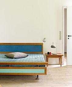 Inspiration colorée pour ce lit vintage