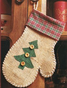 2015/13/13 How to make a Christmas mitten | Solountip.com