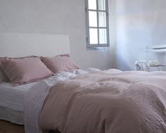Beautiful rose linen sheets from The Linen Works