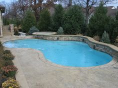 Pools - traditional - pool - cincinnati - Mid-American Gunite Pools