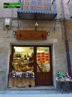 Alimentacion Camino de Santiago, Puente la Reina, Spain.
