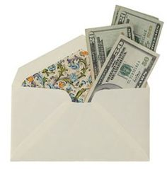 who to tip at your wedding and how much is appropriate - this will be helpful!