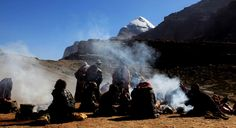 Discover the holly Mount Kailash and explore the main attractions of Tibet!