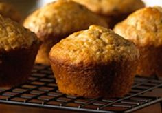 Try the treat that started it all! Thanks to two full cups of All-Bran® cereal per recipe, each of these yummy muffins offers of your fiber DRV. ALL BRAN MUFFINS Truly a delicious and nutritious snack for any time of day. Donut Muffins, All Bran Muffins, Breakfast Muffins, Breakfast Recipes, Breakfast Snacks, Donuts, Cranberry Muffins, Muffins Blueberry, Zucchini Muffins