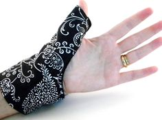 Texting Thumb Heat Wrap Cold Wrap, Tech Accessories, Tech Lover Geekery, heating pad for thumb wrist hand mitt, with rice pack Wallet Sewing Pattern, Sewing Patterns, Sore Hands, Heat Bag, Rice Pack, Sew Wallet, Hot Cold Packs, Hand Wrist, Carpal Tunnel