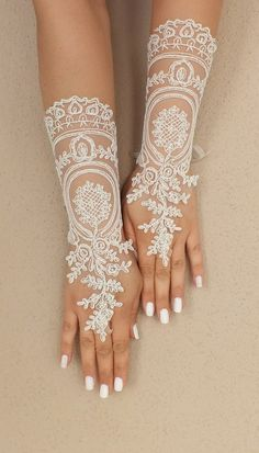 Extra Long Wedding gloves bridal gloves lace by ByVIVIENN on Etsy