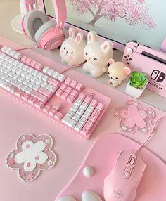 Gaming Desk Setup, Gamer Setup, Pc Setup, Gamer Bedroom, Room Ideas Bedroom, Cute Room Ideas, Cute Room Decor, Accessoires Barbie, Kawaii Bedroom